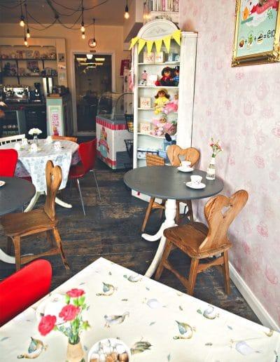 246-dottys-teahouse