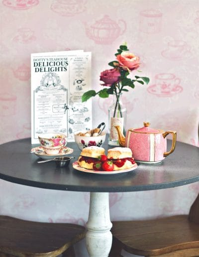 318-dottys-teahouse
